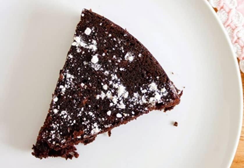 Moelleux Léger au Chocolat Sans Beurre et Sans Farine