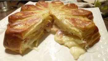 Gâteau au jambon et à la raclette