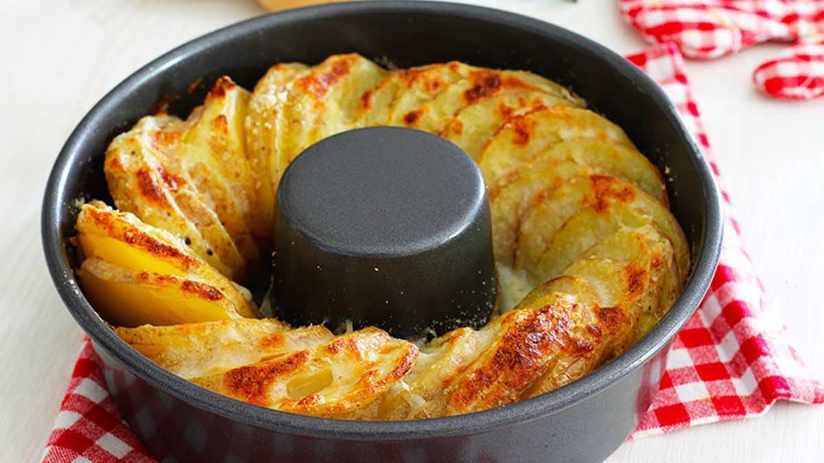Couronne de pommes de terre au four