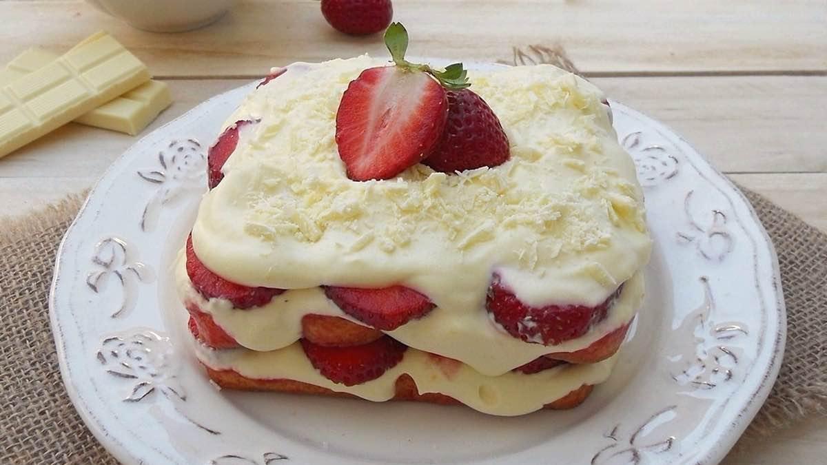 Tiramisu aux fraises mascarpone