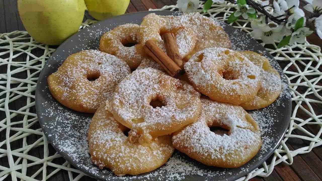 beignets aux pommes Cyril Lignac