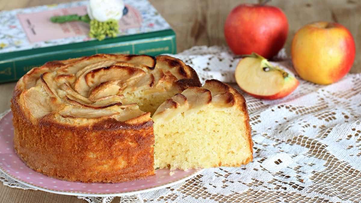 Gâteau aux pommes et yaourt moelleux