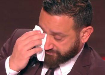 Cyril Hanouna larmoyant durant l'émission quotidienne TPMP, mais pourquoi ? Découverte !