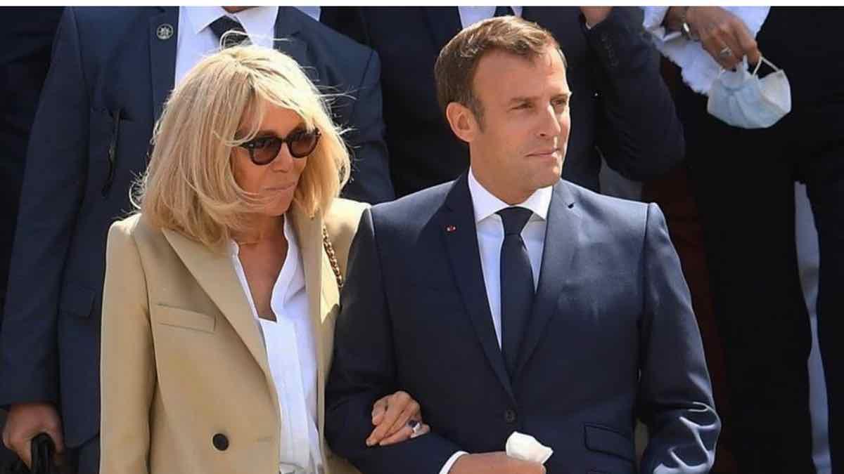 Brigitte Macron totalement « HOT » ? Des vêtements trop sexy !