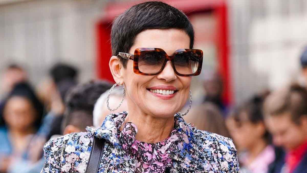 "SCOOP: Exclusif : Anna, styliste de mode, analyse la garde-robe ""chic"" de Cristina Cordula, 55 ans"