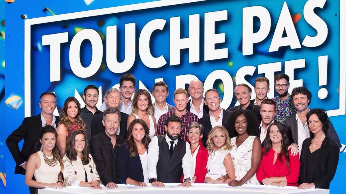 « Touche pas à mon poste » un autre chroniqueur quitte l'émission après Matthieu Delormeau !